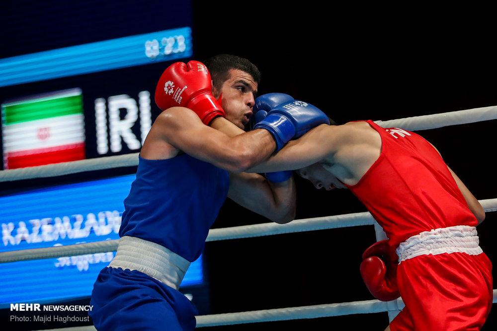 مبارزه بوکس کاظمزاده مقابل حریف ژاپنی