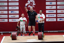 Behdad Salimi snatches gold, announces retirement: Asian Games