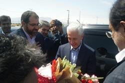 وزیر علوم از طرح کشت انتظاری مزرعه سیبزمینی دهگلان بازدید کرد