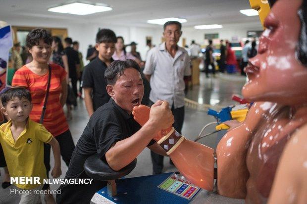 کار و تفریح مردم کره شمالی