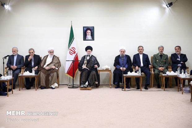 دیدار رئیس جمهور و اعضای هیات دولت با رهبر انقلاب