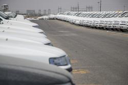 قیمت خودرو از نظر مصرف کننده غیرمنطقی است/بازار در انتظار عرضه خودرو
