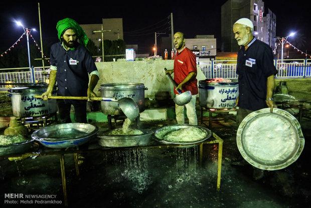 طبخ و توزیع 124 هزار غذای متبرک حضرت علی(ع) در طرح بزرگ ضیافت علوی
