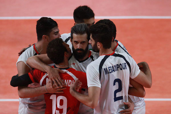 VIDEO: Iran trounces Qatar to reach volleyball final