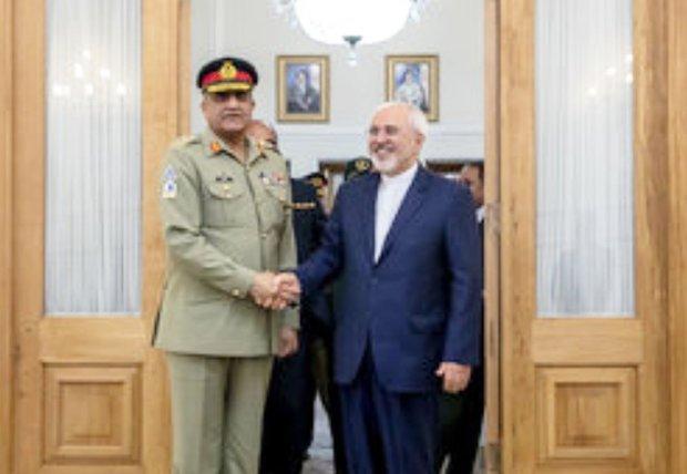 Zarif Pakistan Genelkurmay Başkanı ile görüştü