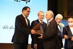 دانشگاه علوم پزشکی شیراز ۳ عنوان برتر ملی کسب کرد