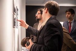 بازدید معاون هنری از نمایشگاه عکس «کییف؛ شهر انقلاب و زندگی»
