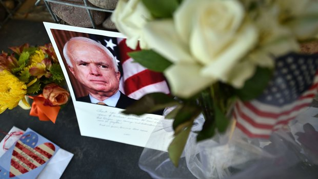Trump issues 4-word reply after criticism at McCain, Franklin funerals