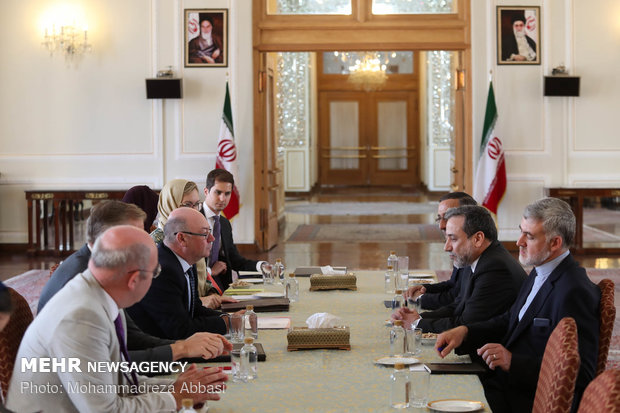 Iran, UK deputy FMs meet in Tehran