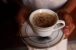 فنجان قهوة مصنوع من حثل القهوة/فيديو