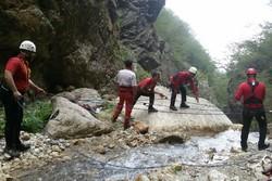 نجات  ۶ گردشگر توسط نجاتگران هلال احمر دزفول