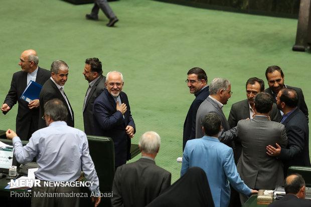 FM Zarif before Parliament