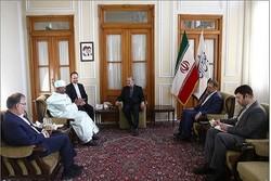 لاريجاني يستقبل الأمين العام لاتحاد برلمانات الدول الإسلامية