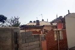 تجمع اهالی دِه ونک در مقابل شورا /دانشگاه خانهخرابمان میکند
