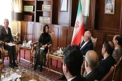 ظريف يستقبل نائبة وزير خارجية منغوليا