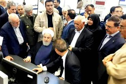 Rouhani opens 3 giant petrochemical projects in Asaluyeh