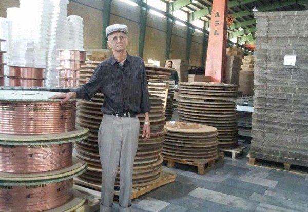 مرد صنعت آذربایجان براثر انفجار در کارخانه اش درگذشت
