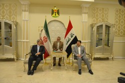 Interior minister visits Iraq