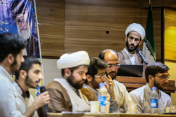 نشست طلاب حوزه علمیه با رئیس سازمان تبلیغات اسلامی برگزار شد
