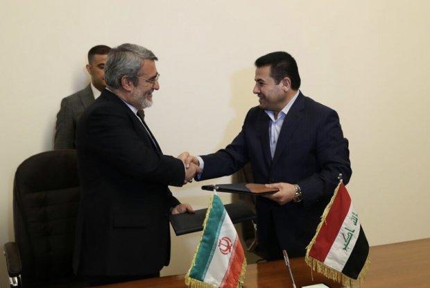 إيران والعراق توقعان على مذكرة تعاون لتنظيم مراسم الأربعين الحسيني
