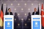ماس: خواستار عدم ارسال سلاح به سوریه هستیم/ چاوش اوغلو: فرانسه از ترکیه عذرخواهی کند
