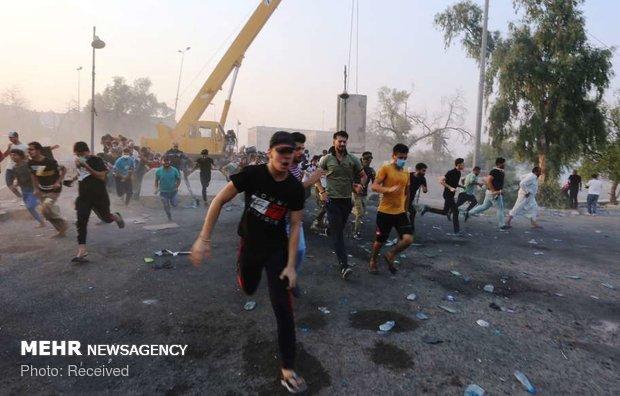 ادامه اعتراضات در بصره/ ۹ کشته و ۱۰۴ زخمی