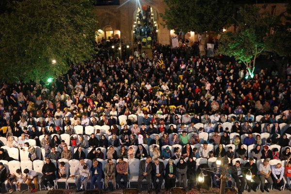 استقبال مردم از برنامههای هفته فرهنگی قزوین پرشور و چشمگیر بود