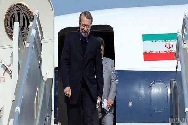 """لاريجاني يصل الى مطار """"مينسك"""" لعقد اجتماعات برلمانية مشتركة"""