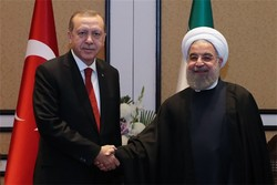 Rouhani meets Erdoğan before Trilateral Summit starts