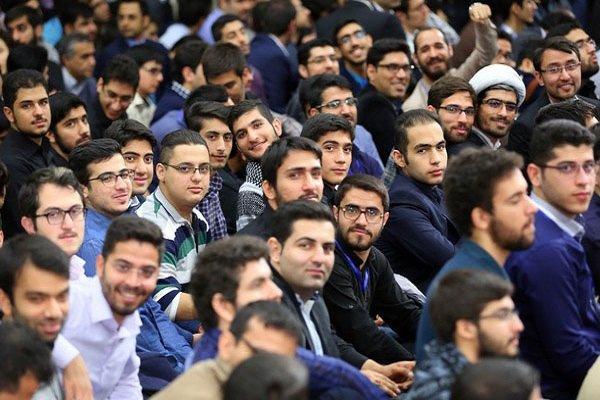بی توجهی به ظرفیت جوان/ مروری بر تاکیدات رهبر انقلاب بر جوانگرایی