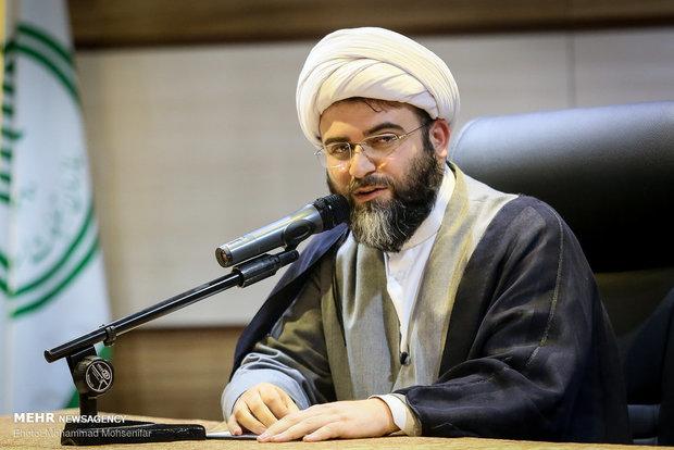 رئیس سازمان تبلیغات اسلامی با مراجع تقلید دیدار میکند