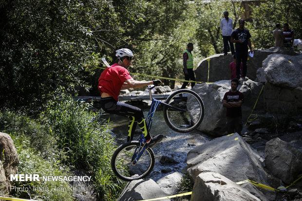 مسابقات دوچرخه سواری تریال کشور در همدان