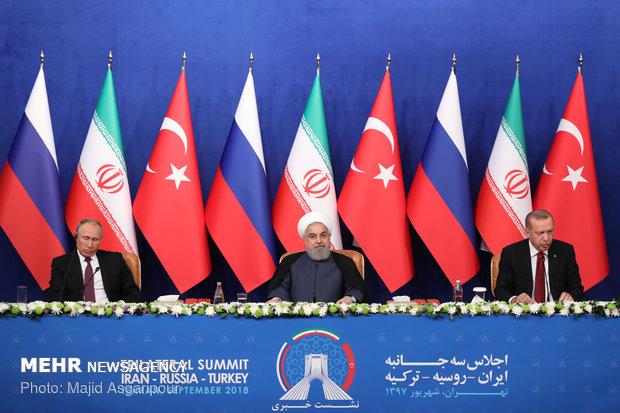 نشست خبری روسای جمهور ایران، روسیه و ترکیه