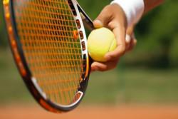 مسابقات تنیس بانوان کشور در اراک آغاز شد