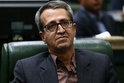 عدم ثبات مدیریت مانع توسعه فارس است/ بحران اشتغال نداریم
