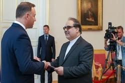 Iranian ambassador submits credentials to Polish president