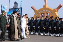 حضور فرمانده معظم کل قوا در دانشگاه علوم دریایی نوشهر