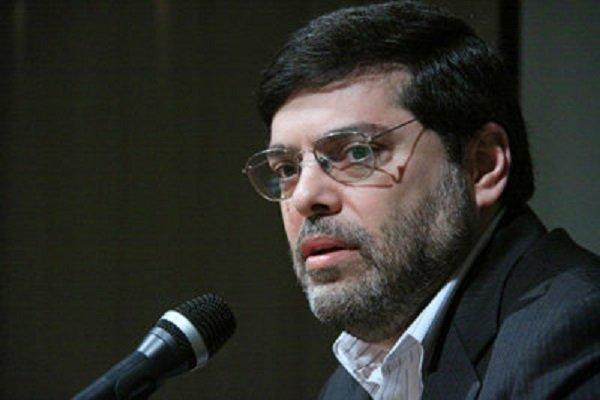 السيطرة على السفارة الامريكية،  ساعد علی حفظ الثورة الإسلامية والبلاد