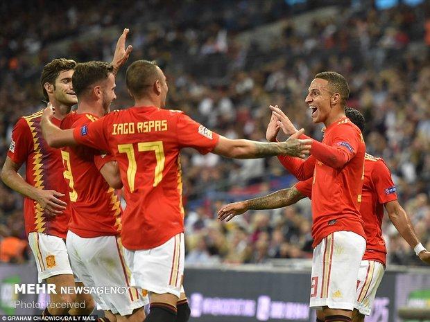 دیدار تیم های ملی فوتبال انگلیس و اسپانیا