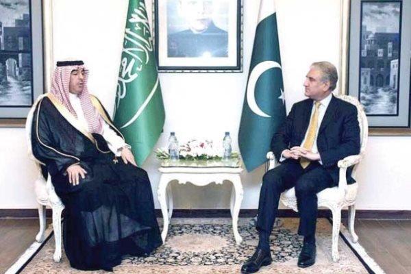 سعودی عرب کے وزیر اطلاعات کی پاکستان کے وزیر خارجہ سے ملاقات