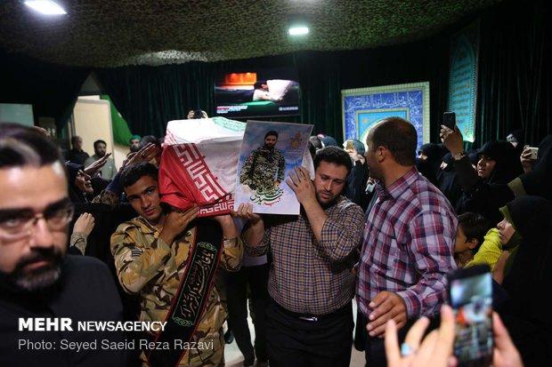 مراسم وداع با پیکر شهیدان سید جلال حبیباللهپور و سید سجاد خلیلی