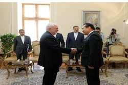 FM Zarif bids farewell to outgoing Kazakh, Japanese envoys
