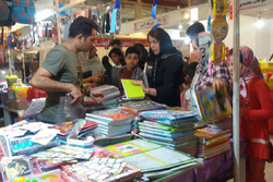 نمایشگاه فروش پاییزه در قزوین فعالیت خود را آغاز کرد