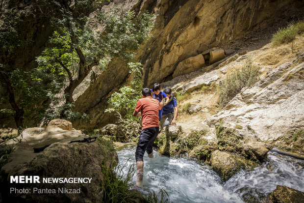 Atashgah waterfall; a must-see in Southwestern Iran