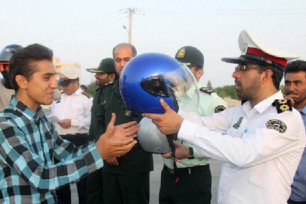 کلاه ایمنی ۶۰ درصد آسیبهای ناشی از تصادف را کاهش میدهد