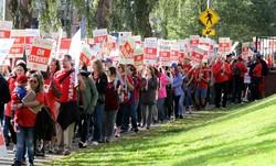 إضراب المعلمين في امريكا /صور