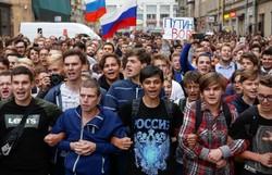 Rusya'daki hükümet karşıtı protestodan kareler