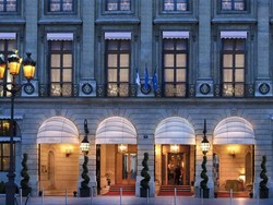 سعودی شاہی خاندان کے 9 لاکھ 30 ہزار ڈالر مالیت کے زیورات پیرس ہوٹل سے چوری