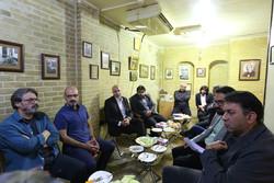 بازدید هنرمندان و مدیران ارشاد از موزه «صبا» در غیاب خبرنگاران