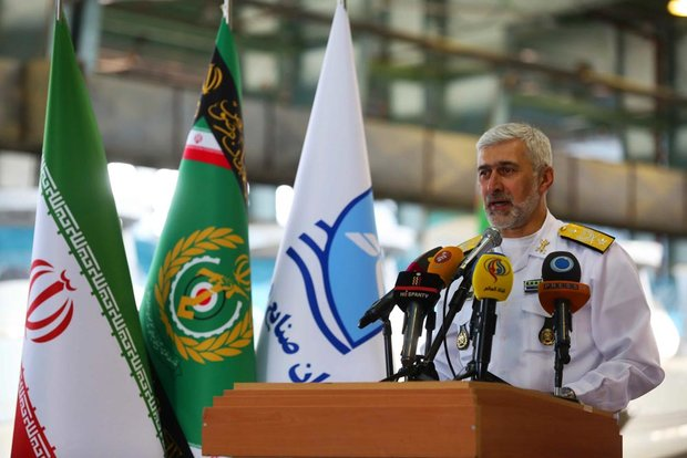 الادميرال أمير رستكاري: نصنع %70 من قطع الغواصات في داخل البلاد